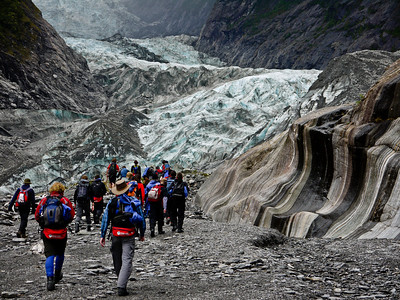 Headed up toward Franz Joseph Glacier for our hike.
